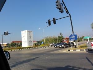 Tugu tanda memasuki Thailand bagian utara